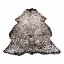 Uncombed white/brown sheepskin